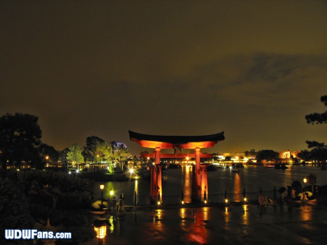 epcot-showcase-japan-night